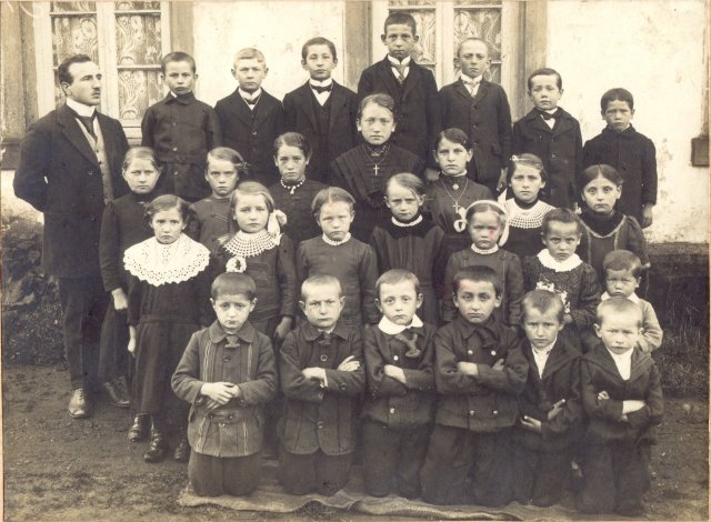 Escuela en 1900
